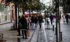 Ανοιχτα σήμερα Κυριακή τα καταστήματα, στιγμιότυπα από την αγοραστική κίνηση στην οδό Ερμού, Κυριακή 24 Ιανουαρίου 2021 (ΒΑΣΙΛΗΣ ΡΕΜΠΑΠΗΣ / EUROKINISSI)