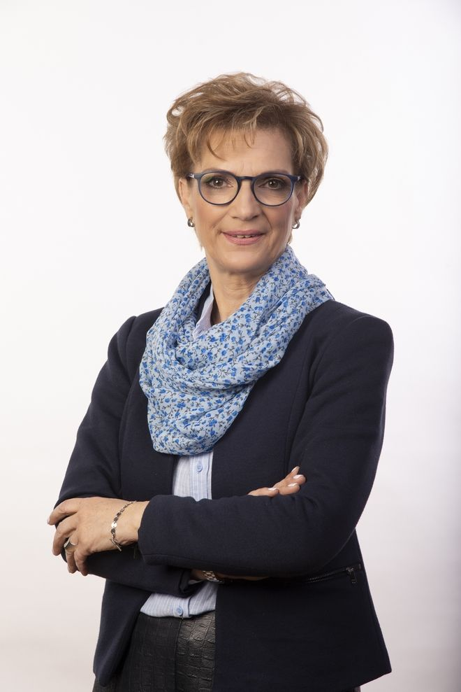 H Μαίρη Τριανταφυλλοπούλου.