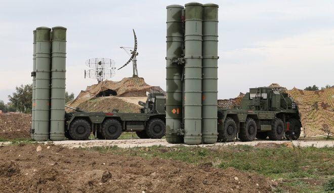 Ρωσικό αντιπυραυλικό σύστημα S-400 στη Συρία