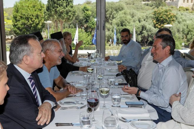O ιδιοκτήτης και Πρόεδρος της 24MEDIA, Δημήτρης Μάρης και ο πρόεδρος του State Legislative Leaders Foundation, Stephen G. Lakis