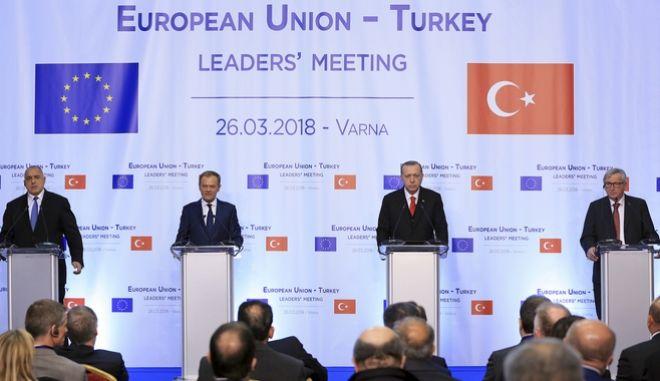 Η συνέντευξη Τύπου μετά τη σύνοδο ΕΕ-Τουρκίας στη Βάρνα