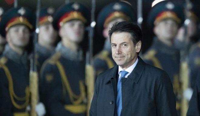 O Iταλός Πρωθυπουργός, Τζουζέπε Κόντε