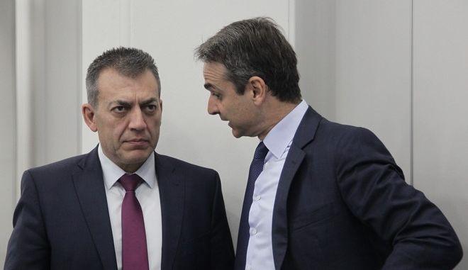 Ο Κυριάκος Μητσοτάκης και ο Γιάννης Βρούτσης