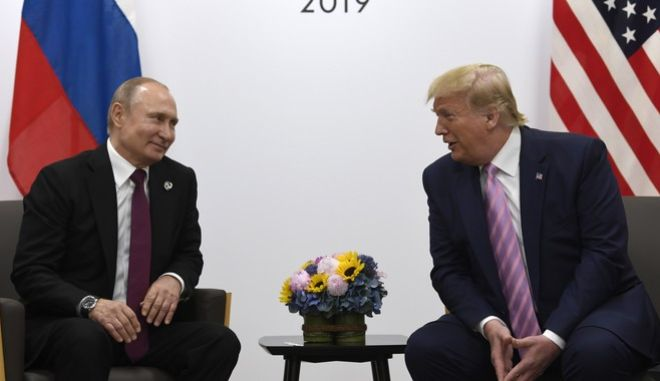 Οι Βλαντιμίρ Πούτιν και Ντόναλντ Τραμπ