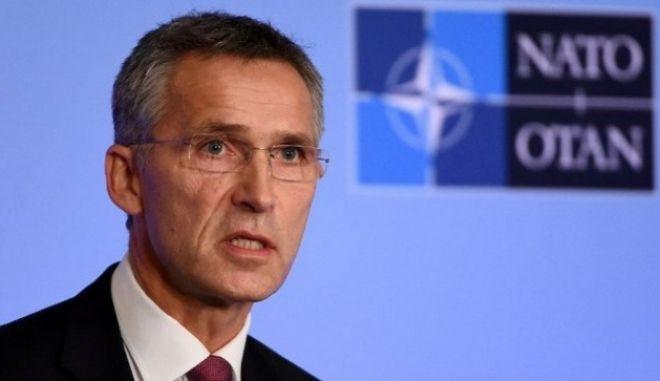 Στόλτενμπεργκ: Η απόπειρα πραξικοπήματος στην Τουρκία ήταν και εναντίον των αξιών του ΝΑΤΟ