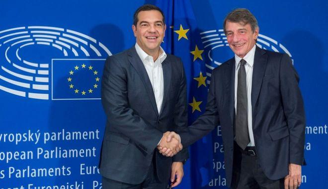 """Τσίπρας από Βρυξέλλες: """"Χτίζουμε γέφυρες με τις προοδευτικές ευρωπαϊκές δυνάμεις για κοινό μέτωπο"""""""