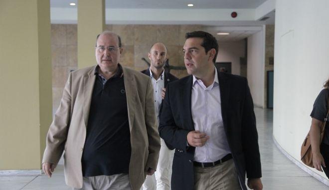Ο Πρωθυπουργός, Αλέξης Τσίπρας, στο Υπουργείο Παιδείας, Έρευνας και Θρησκευμάτων προκειμένου να συμμετάσχει σε τηλεδιάσκεψη με όλους τους Περιφερειακούς Διευθυντές Εκπαίδευσης και να ενημερωθεί για τις συνθήκες έναρξης του σχολικού έτους στα σχολεία όλης της Χώρας, την Δευτέρα 12 Σεπτεμβρίου 2016. (EUROKINISSI/ΓΙΑΝΝΗΣ ΠΑΝΑΓΟΠΟΥΛΟΣ)