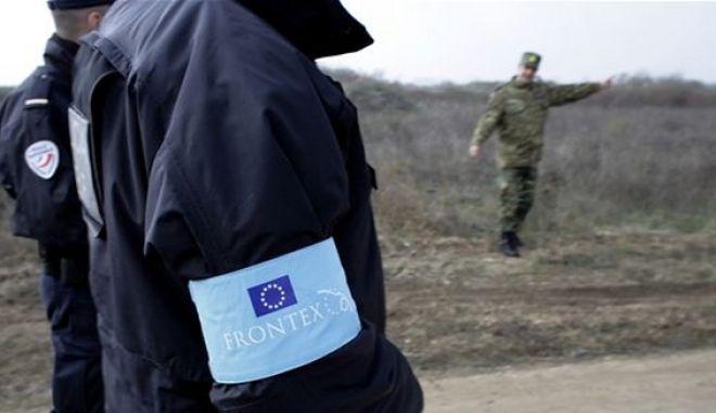 """Η Frontex """"βγάζει λάδι"""" το Λιμενικό για το Φαρμακονήσι"""