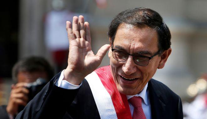 Ο περουβιανός πρόεδρος Μαρτίν Βισκάρα
