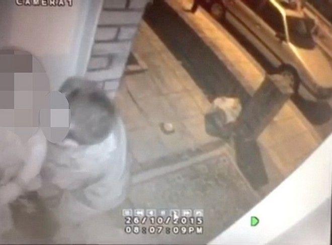 Βίντεο: Η επίθεση ενός επίδοξου βιαστή σε 20χρονη έξω από το σπίτι της