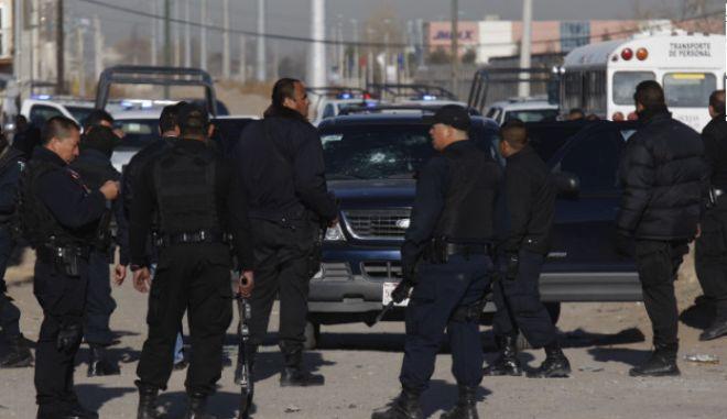 Ανταλλαγή πυρών με νεκρούς στο Μεξικό