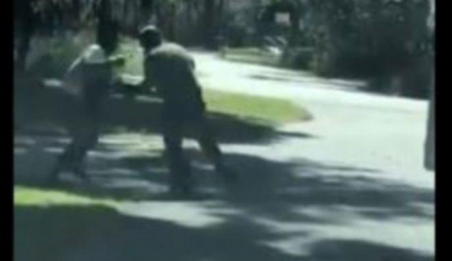 Ανοίγει η υπόθεση δολοφονίας μαύρου από λευκούς - To βίντεο που ανατρέπει τα δεδομένα