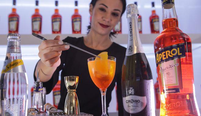 Με 19 μάρκες και  περισσότερα από 8.000 perfect serves η συμμετοχή της Coca-Cola Τρία Έψιλον στο Athens Bar Show