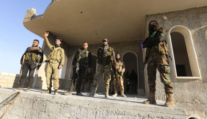 Σύριοι αντάρτες στην επαρχία Ιντλίμπ