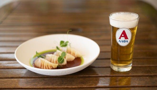 Για τον Χρήστο Γλωσσίδη, καλή παρέα και παγωμένη μπύρα είναι η