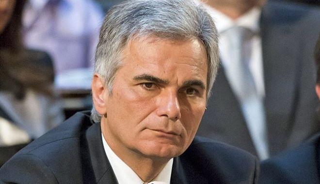 Βάιμαν: Υποκλινόμαστε μπροστά σε όλους εκείνους που απελευθέρωσαν την Αυστρία