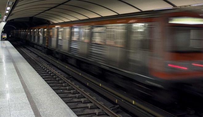 Στιγμιότυπο από σταθμούς του μετρό της Αθήνας  (EUROKINISSI/ ΛΥΔΙΑ ΣΙΩΡΗ)