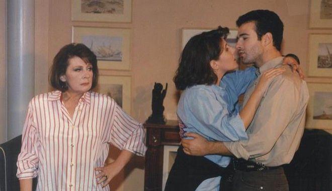 20 χρόνια Ντόλτσε Βίτα: Τι έκανε ο Γιώργος Λιάγκας στο πρώτο επεισόδιο της σειράς;