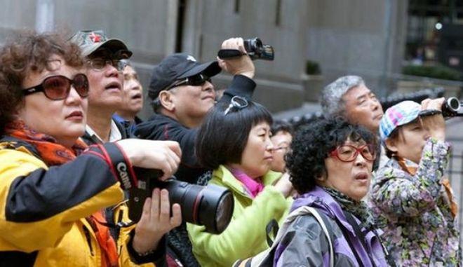 """Πρωταθλητές στον τουρισμό: 97 εκατ. Κινέζοι """"πλημμύρισαν"""" τον κόσμο"""