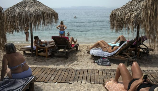 Καλοκαίρι σε παραλίες της Αθήνας