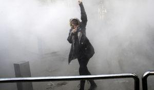 Ιράν: Τρεις αστυνομικοί νεκροί σε συγκρούσεις με μουσουλμάνους Σούφι