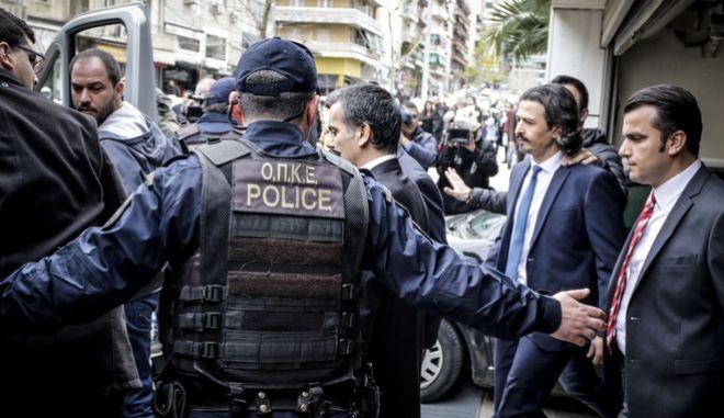 Οι Τούρκοι αξιωματικοί αποχωρούν από το Συμβούλιο Εφετών Αθηνών