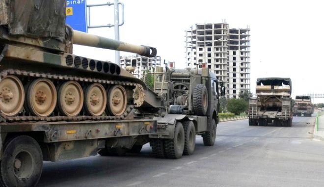 Τουρκικά άρματα στη Συρία