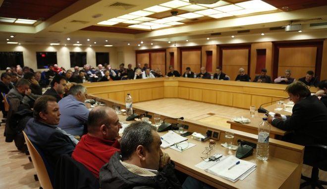 Συνεδρίαση του Δ.Σ. της ΚΕΔΕ την Τρίτη 17/1/2017.  Μεταξύ των θεμάτων που συζητήθηκαν είναι οι προϋποθέσεις συνέχισης συμμετοχής της ΚΕΔΕ στην επιτροπή του υπουργείου Εσωτερικών για την αναθεώρηση του «Καλλικράτη», η μείωση των προϋπολογισμών στους ΟΤΑ και η λήψη απόφασης για απάντηση στην τελευταία επιστολή του υπουργού Παιδείας που αφορά τα νηπιαγωγεία. (EUROKINISSI//ΣΤΕΛΙΟΣ ΜΙΣΙΝΑΣ)