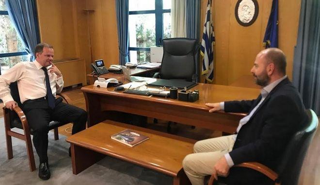 Συνάντηση Κώστα Καραμανλή με τον πρόεδρο του ΤΕΕ