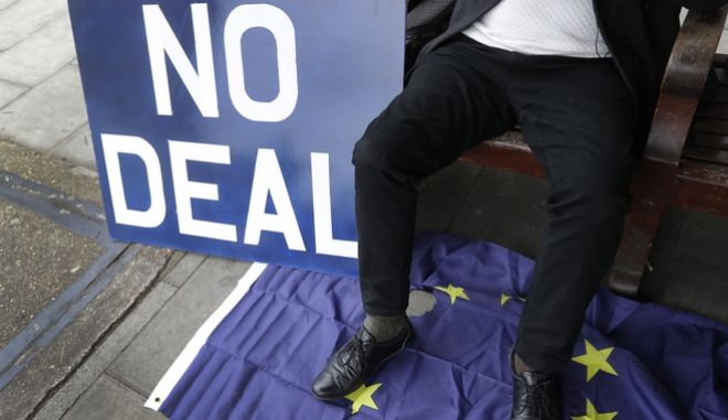 Παραμένει η αβεβαιότητα για το Brexit