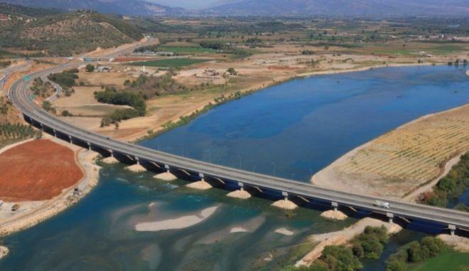 Γιώργος Περιστέρης: Μονόδρομος οι επενδύσεις στις υποδομές