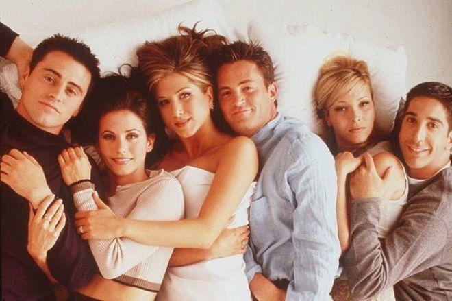 Σαν σήμερα πριν από 21 χρόνια προβλήθηκε το πρώτο επεισόδιο της σειράς