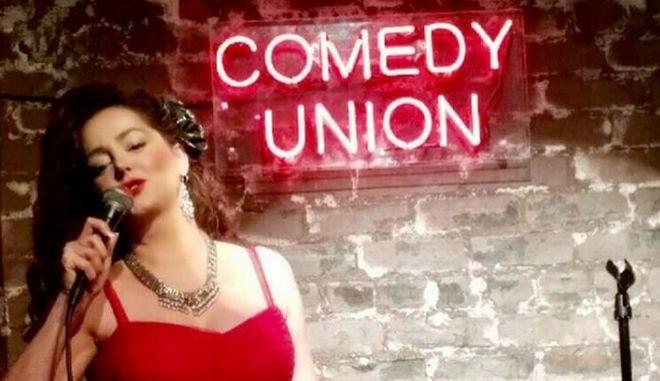 Δέσποινα Μοίρου: Η Ελληνίδα που κέρδισε το 'Όσκαρ' της καλύτερης stand up comedy ηθοποιού