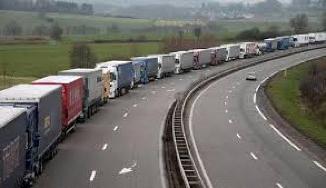 Ιταλία: Διαμαρτυρίες και μπλόκα οδηγών φορτηγών σε πολλές περιοχές της χώρας