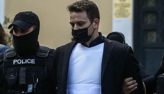 O καθ'ομολογία δολοφόνος Μπάμπης Αναγνωστόπουλος.