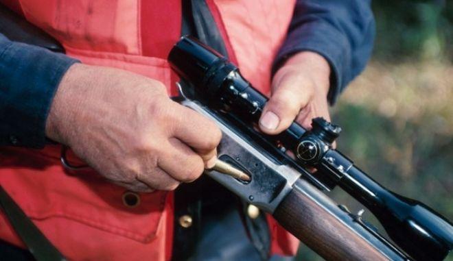 Τραγικός θάνατος: Δημοτικός σύμβουλος αυτοπυροβολήθηκε κατά λάθος
