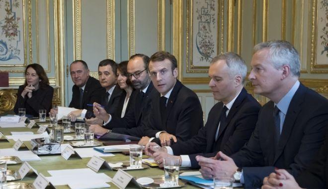 Ο Γάλλος πρόεδρος Εμανουέλ Μακρόν σε υπουργικό συμβούλιο
