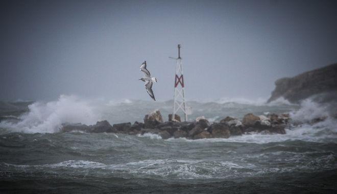 Ισχυροί άνεμοι.