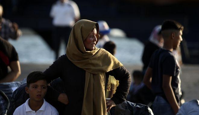 Πρόσφυγες στον Πειραιά