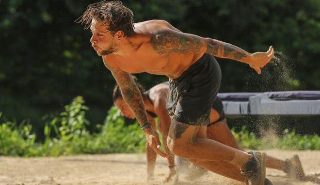 """Survivor: Αυτός είναι ο παίκτης που προκρίθηκε στον ημιτελικό - Δεν """"πιανόταν"""""""