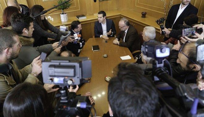Ο Αλέξης Τσίπρας σε συνάντηση με τους δημάρχους της Θράκης