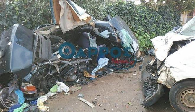 Μεσσηνία: Τροχαίο δυστύχημα με δύο νεκρούς και τραυματίες