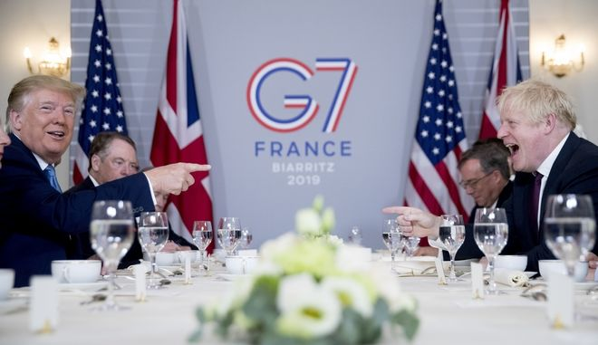 Ντόναλντ Τραμπ και Μπόρις Τζόνσον σε γεύμα στα πλαίσια της Συνόδου Κορυφής