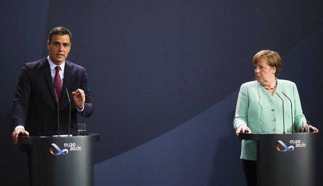 H γερμανίδα καγκελάριος Άνγκελα Μέρκελ και ο πρωθυπουργός της Ισπανίας Πέδρο Σάντσεθ