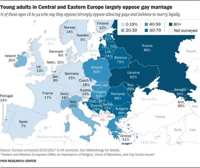 Έρευνα: Οι Έλληνες δηλώνουν πως έχουν τον ανώτερο πολιτισμό αλλά πιστεύουν και στο κακό μάτι
