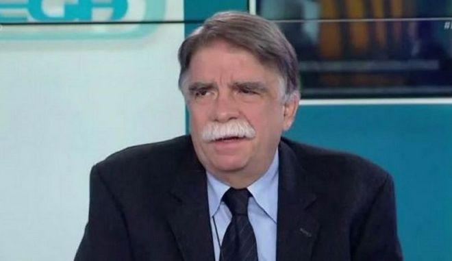 Βατόπουλος: Μέτρα αλά Γαλλία στην Ελλάδα και μάσκες μέχρι το 2022