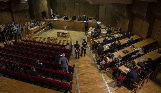 Δίκη Χρυσής Αυγής: Αυτές είναι οι αρχικές ποινές που ανακοίνωσε το δικαστήριο