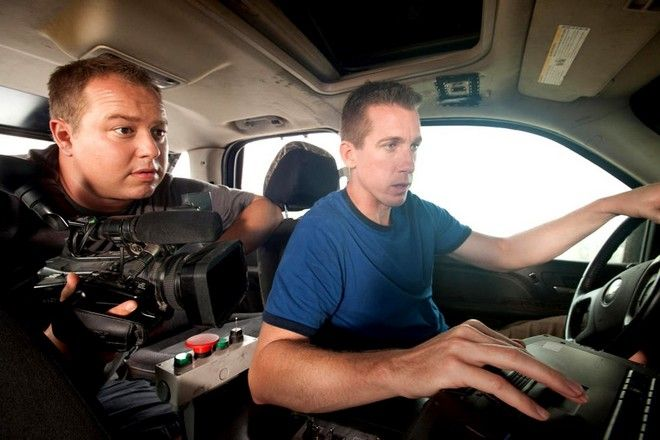 http://www.discovery.com/tv-shows/storm-chasers/bios/joel-taylor/ Joel Taylor - Storm Chasers Discovery.com