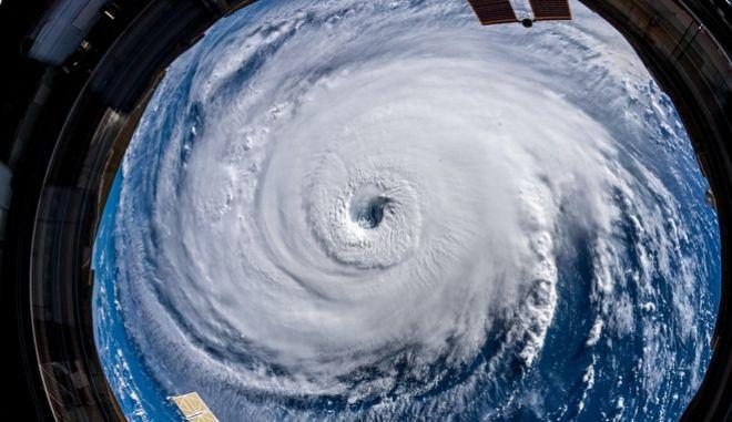 Το μάτι του τυφώνα Florence όπως φωτογραφήθηκε από τον Διεθνή Διαστημικό Σταθμό