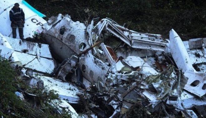 Αποκάλυψη: Ελλιπής η εκπαίδευση του πιλότου της μοιραίας πτήσης της Σαπεκοένσε